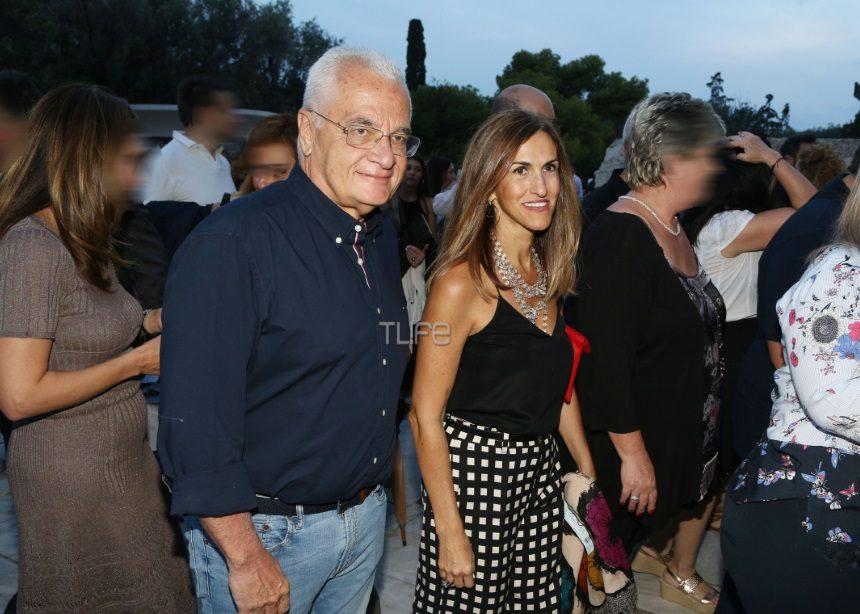 Γιάννης Πρετεντέρης: Σπάνια δημόσια εμφάνιση με τη σύζυγό του [pics] | tlife.gr