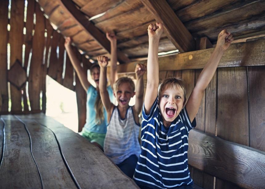 Κατασκήνωση: 10 πράγματα που πρέπει να γνωρίζεις πριν στείλεις το μικρό σου | tlife.gr