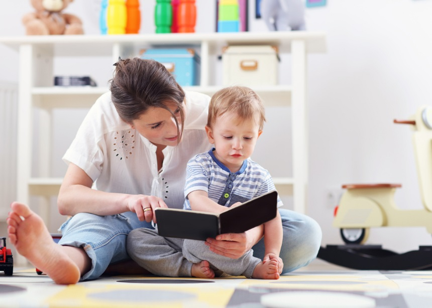 Πέντε τρόποι να… αναθερμάνεις τη σχέση του μικρού σου με τα βιβλία του