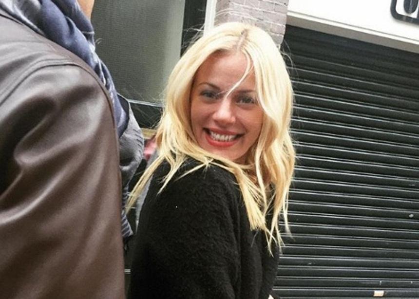 Ζέτα Μακρυπούλια: Απόδραση στην Ολλανδία με τους φίλους της! [pics,vids] | tlife.gr