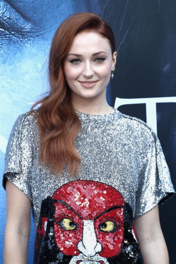 Bye, bye Sansa Stark! Η Sophie Turner άλλαξε εντελώς τα μαλλιά της! | tlife.gr