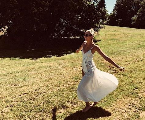 Μαρία – Ολυμπία  Γλίξμπουργκ: Η άσεμνη χειρονομία στο Instagram | tlife.gr