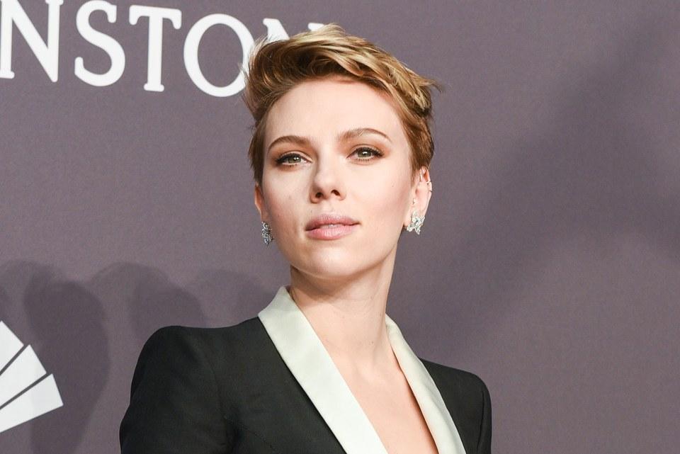 Scarlett Johansson: Απέρριψε το ρόλο τρανς άντρα μετά την κριτική που της ασκήθηκε!