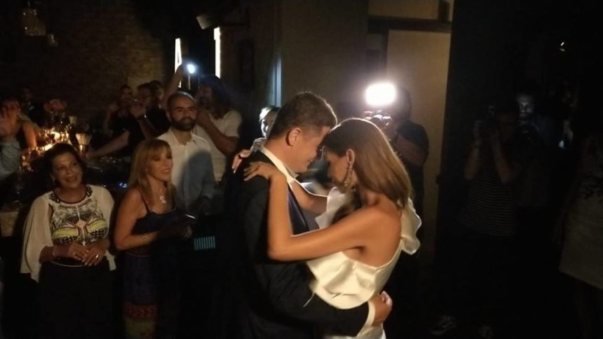 Αντώνης Σρόιτερ – Ιωάννα Μπούκη: Όλα όσα έγιναν στο γαμήλιο πάρτι τους! Φωτογραφίες και video   tlife.gr