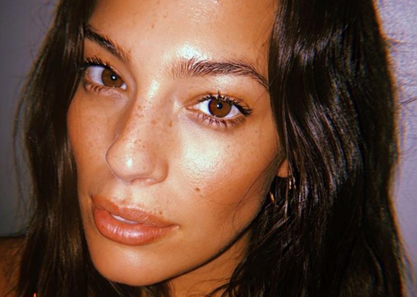 Μαντεύεις ποιο είναι αυτό το top model χωρίς μακιγιάζ; Εχμ, όχι! | tlife.gr