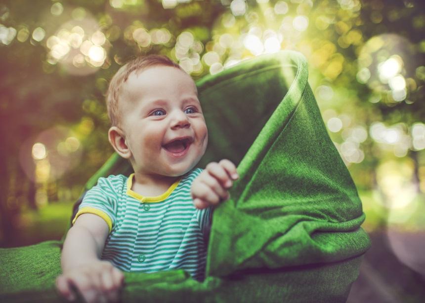 Καλοκαιρινά ρουχαλάκια: Πώς να ντύνεις το μωρό σου όταν ανεβαίνουν οι θερμοκρασίες