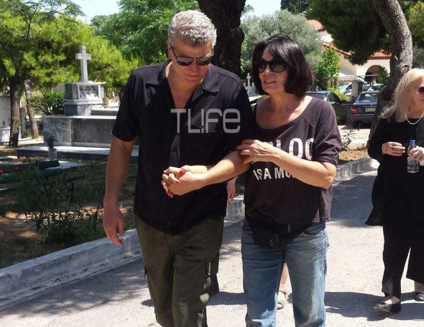 Τζέσυ Παπουτσή: Θρήνος στο τελευταίο αντίο – Πλήθος κόσμου στην κηδεία της   tlife.gr