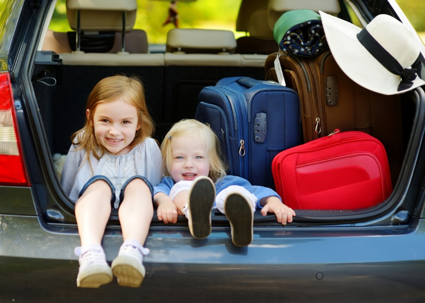 Διακοπές με το αυτοκίνητο: Τα 5 λάθη που δεν πρέπει να κάνεις αν ταξιδεύεις με παιδιά