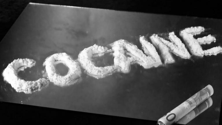 «Χειροπέδες» στον εγκέφαλο του κυκλώματος κοκαΐνης στο Κολωνάκι | tlife.gr