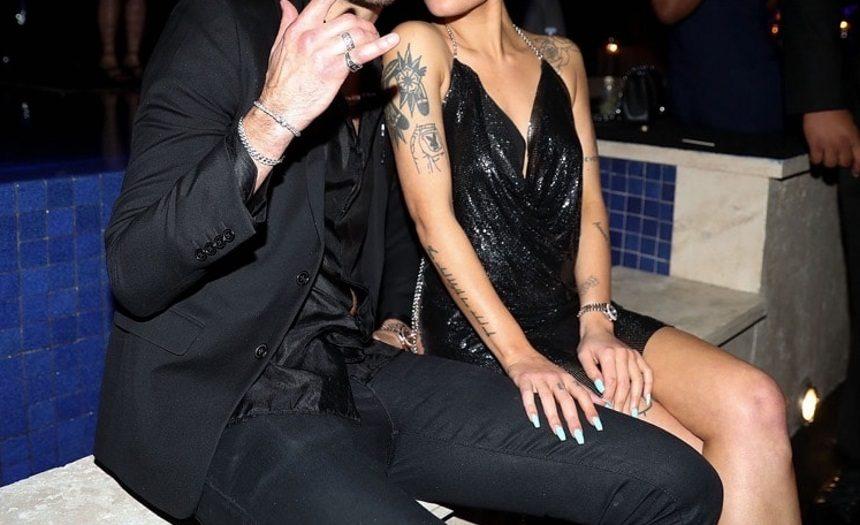 Διάσημη τραγουδίστρια μόλις επιβεβαίωσε τον χωρισμό της από τον σύντροφό της! [pics] | tlife.gr