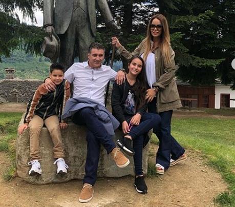 Ιωάννα Λίλη- Θοδωρής Ζαγοράκης: Oικογενειακή απόδραση στο Μέτσοβο! [Pics] | tlife.gr