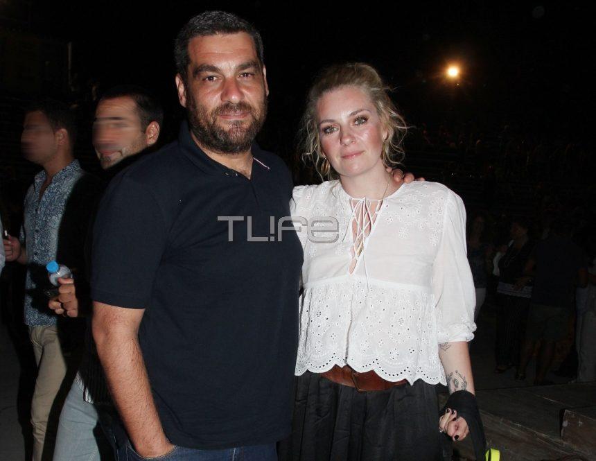 Ελισάβετ Μουτάφη – Μάνος Νιφλής: Θεατρική βραδιά για το ερωτευμένο ζευγάρι! | tlife.gr