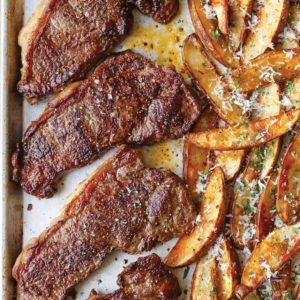 Ζουμερό φιλέτο με πατάτες στο φούρνο