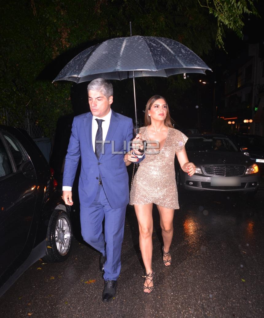 Σταματίνα Τσιμτσιλή: Το εντυπωσιακό φόρεμα και ο gentleman σύζυγός της Θέμης Σοφός! (εικόνες)