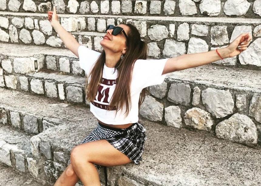Δέσποινα Βανδή: Έτσι περνάει στα backstage του Mamma Mia! [pics] | tlife.gr