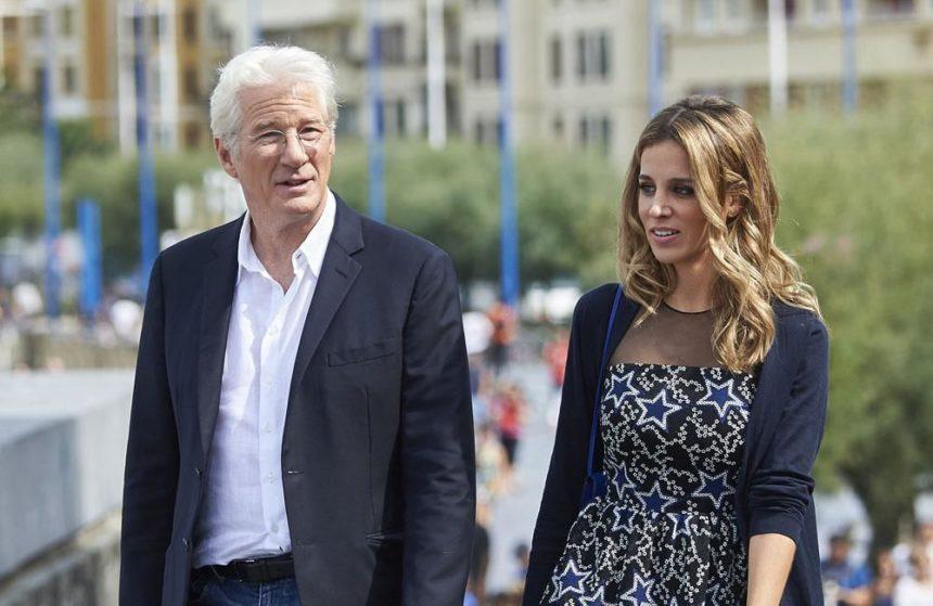 Richard Gere: Θα γίνει πατέρας στα 69 του χρόνια από την 35χρονη σύζυγό του!   tlife.gr
