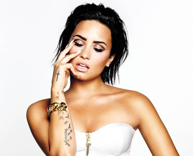 Demi Lovato: Για αποτοξίνωση μετά την νοσηλεία της από υπερβολική δόση ναρκωτικών! | tlife.gr