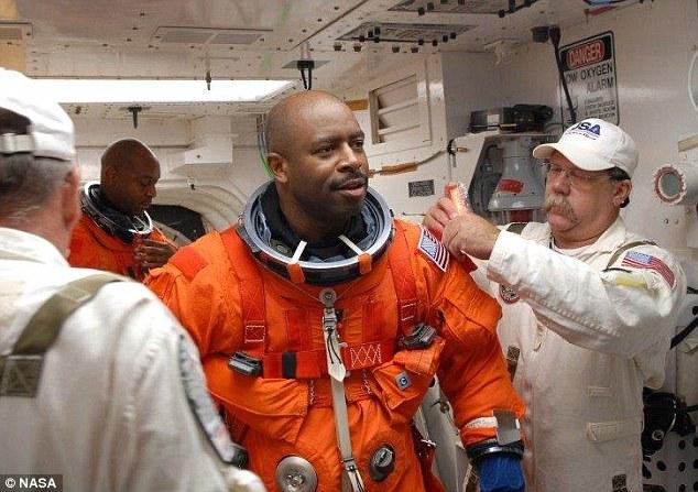 Η μαρτυρία αστροναύτη για εξωγήινο – Τι απάντησε η NASA | tlife.gr