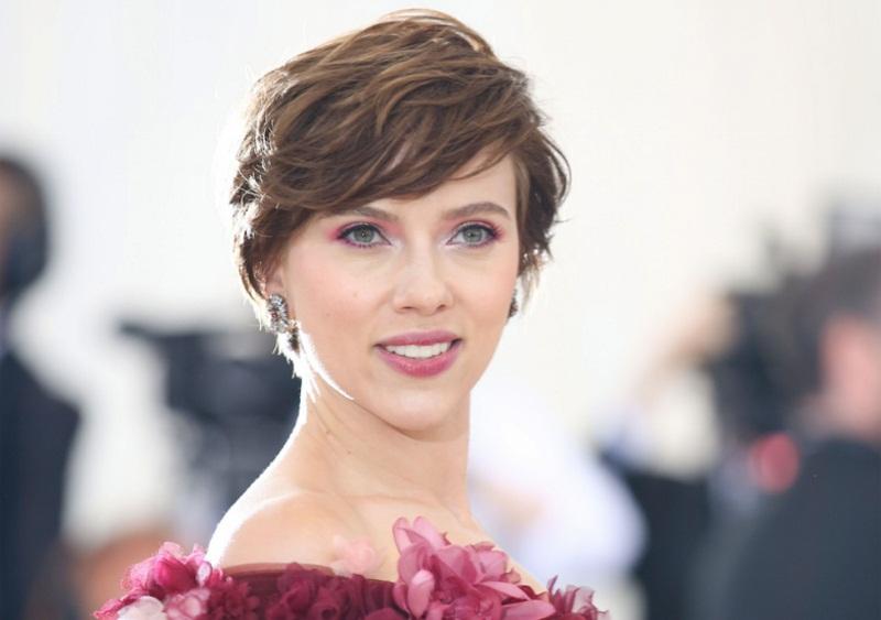 Η Scarlett Johansson στην κορυφή του «Forbes»!