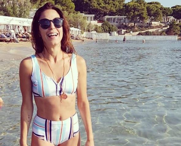 Κατερίνα Παπουτσάκη: Συνεχίζει το camping στην Γαύδο με τους άντρες της ζωής της! [pics] | tlife.gr