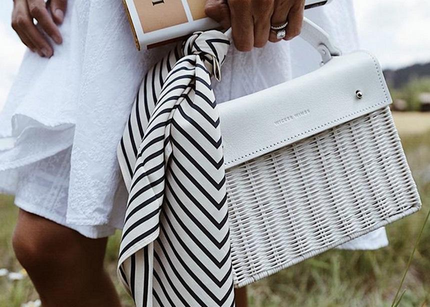Σύμφωνα με το instagram αυτή είναι η τσάντα που φορούν τώρα όλες οι influencers | tlife.gr
