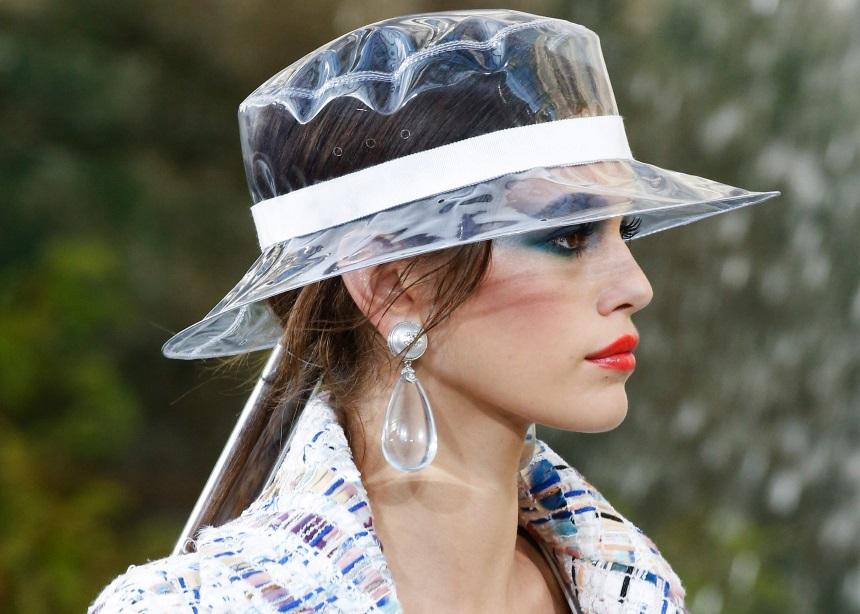Μήπως αυτά τα καπέλα είναι το επόμενο huge trend στον κόσμο της μόδας; | tlife.gr