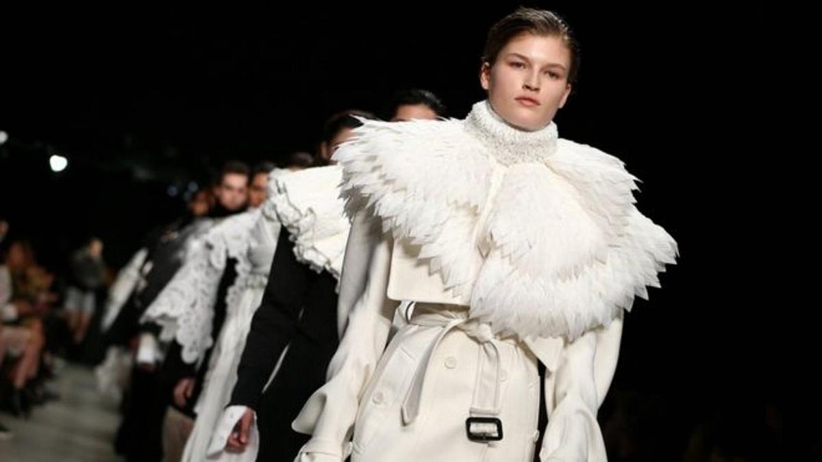 «Όχι» στη γούνα λένε στην Εβδομάδα Μόδας του Λονδίνου   tlife.gr