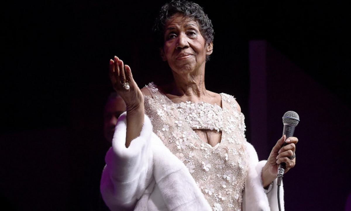 Μετά θάνατον ελέγχονται τα χρέη της Aretha Franklin | tlife.gr