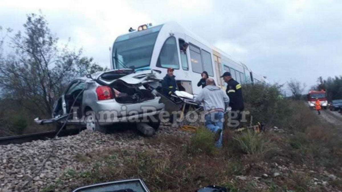 Φθιώτιδα: Νεκρή καθηγήτρια στο σιδηροδρομικό δυστύχημα – Σκληρές εικόνες στη διάβαση του θανάτου | tlife.gr