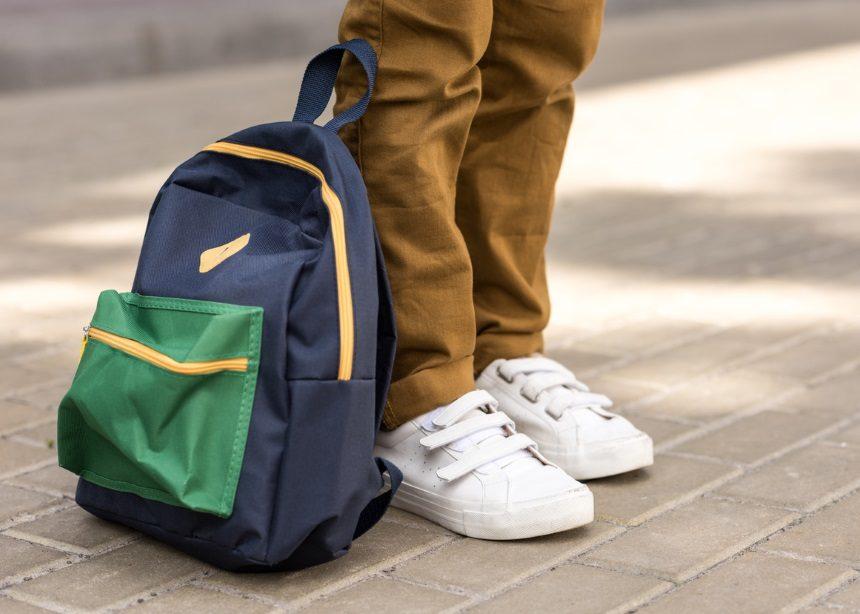 Πόσες φορές πλένεις την σχολική τσάντα; Καμία; Η παρακάτω μέθοδος θα σου αλλάξει γνώμη | tlife.gr