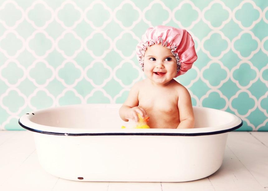 Παιδικό μπάνιο: Τα 5 πιο συχνά λάθη που κάνουν οι γονείς στο μπάνιο του μικρού τους