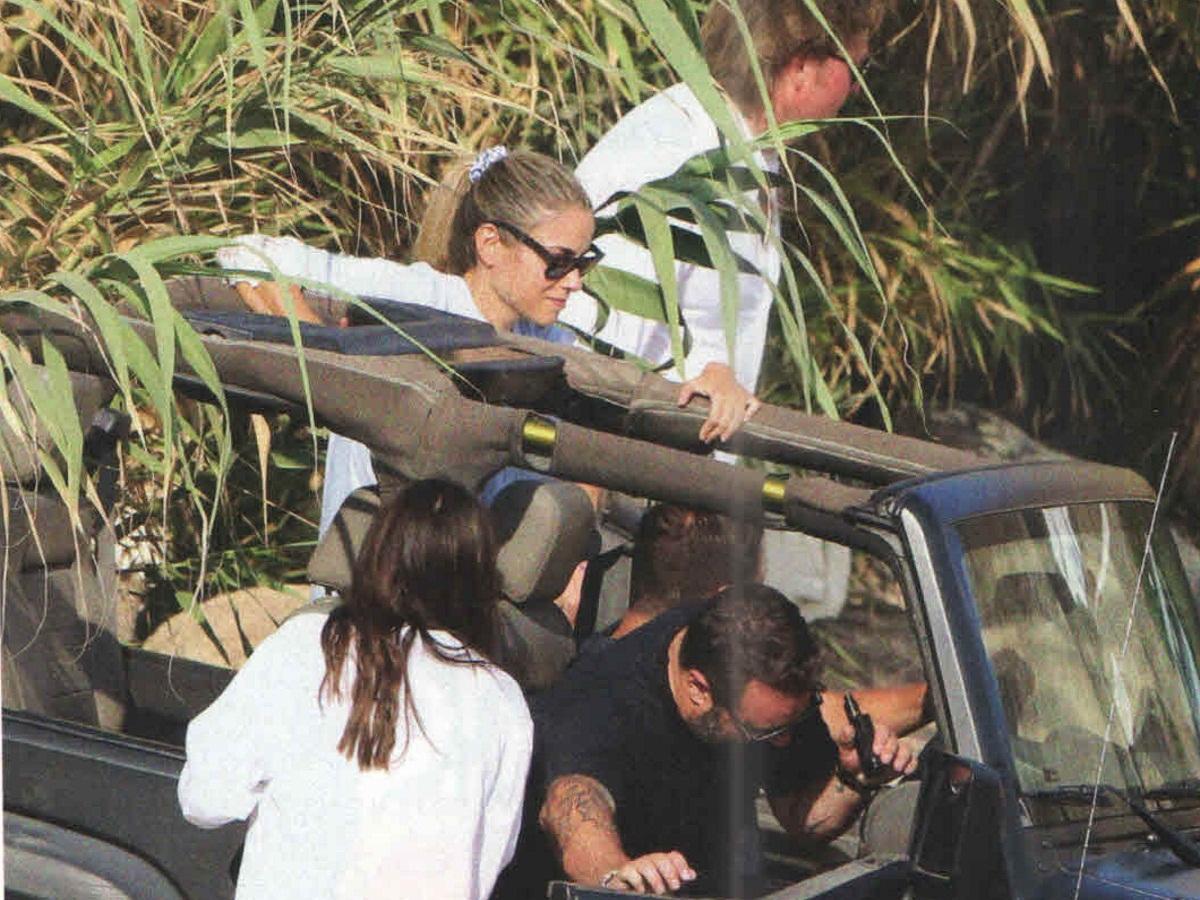 Δούκισσα Νομικού – Δημήτρης Θεοδωρίδης: Χαλαρές στιγμές με τους φίλους τους στην Μύκονο! [pics] | tlife.gr