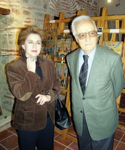 Έφη Αργυρίου Σαρτζετάκη: Σπάνια δημόσια εμφάνιση για τη σύζυγο του πρώην Προέδρου της Δημοκρατίας | tlife.gr