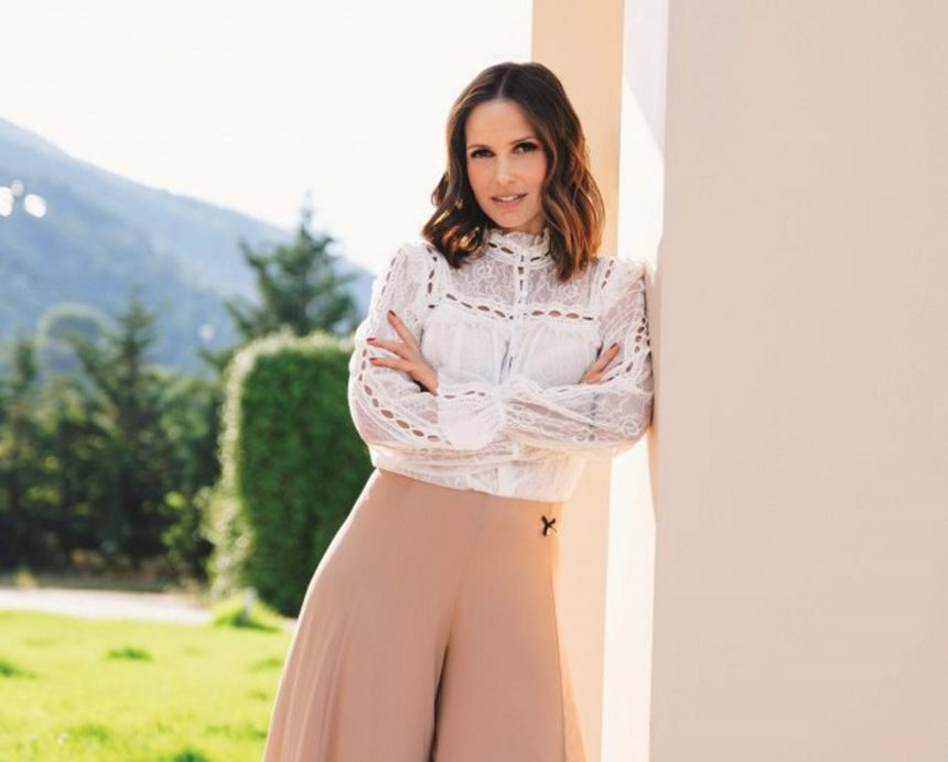 Eλένη Καρποντίνη: Η επιπλοκή στην εγκυμοσύνη της που την ανάγκασε να είναι σε ακινησία | tlife.gr