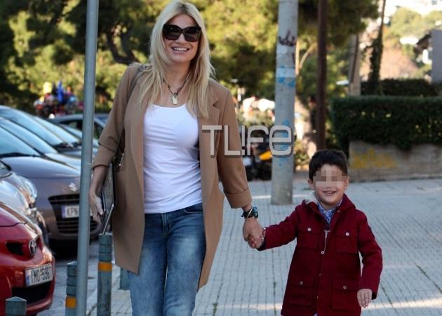 Φαίη Σκορδά: Στο σχολικό με τον γιους της! Πώς προετοίμασε την πρώτη μέρα στο σχολείο! [pics] | tlife.gr
