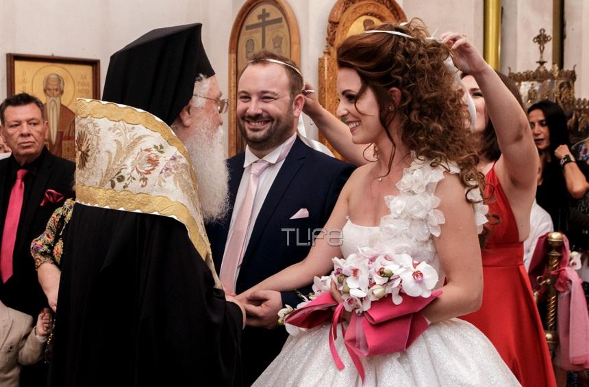 Ο λαμπερός γάμος του γνωστού σχεδιαστή Αναστάσιου Τρανούλη με την εκλεκτή της καρδιάς του – Φωτογραφίες | tlife.gr