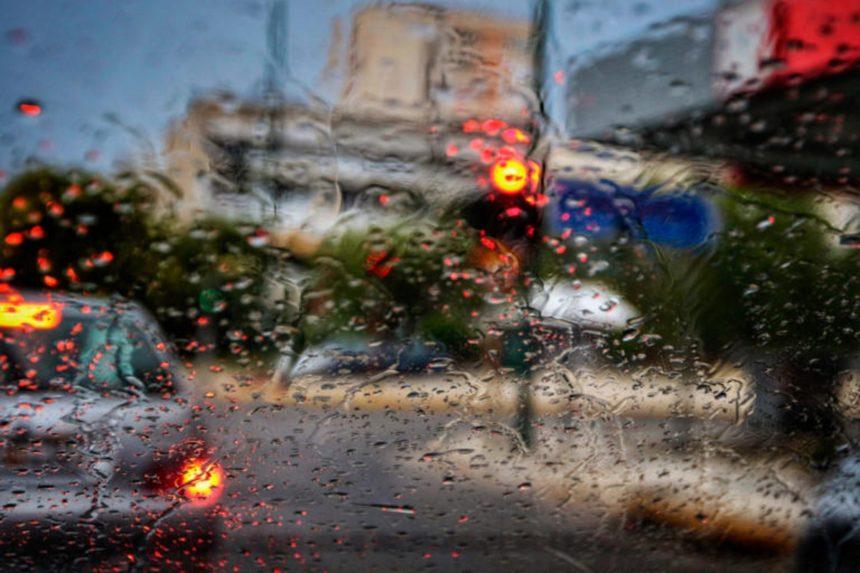 Καιρός: Βροχές καταιγίδες και 10 μποφόρ – Προσοχή στις μετακινήσεις | tlife.gr