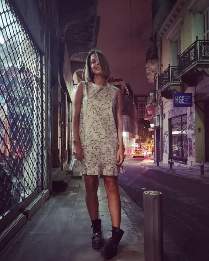 Kατερίνα Παπουτσάκη: Με chic εμφάνιση στο opening party του μπαρ του συζύγου της! [pics] | tlife.gr