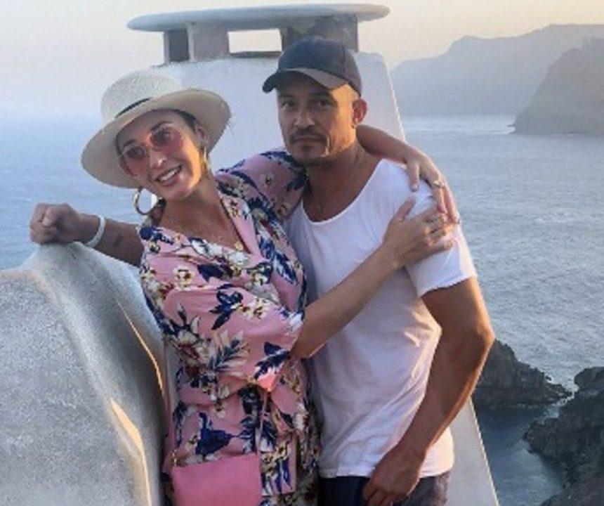Η Katy Perry και ο Orlando Bloom κάνουν διακοπές στην Σαντορίνη! [pics] | tlife.gr