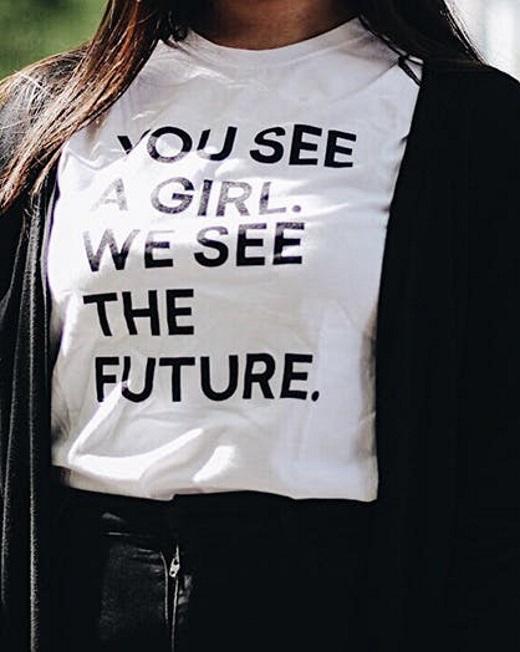 8c2d9da34d7 Φέτος, τα printed t-shirts με σλόγκαν για την αυτοεκτίμηση και την  ενδυνάμωση του κάθε παιδιού είναι μεγάλο must στην παιδική μόδα!