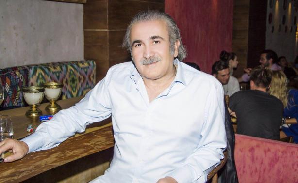 Λάκης Λαζόπουλος: Απόδραση στην Πάρο με την κόρη του! [pics]   tlife.gr