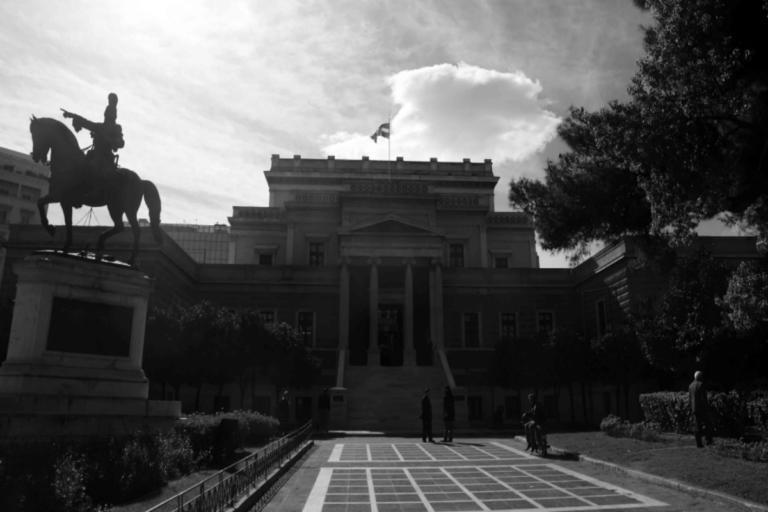 Συνέλαβαν τις γυναίκες που βανδάλιζαν μουσεία! Ετοιμάζονταν για νέο «χτύπημα» | tlife.gr