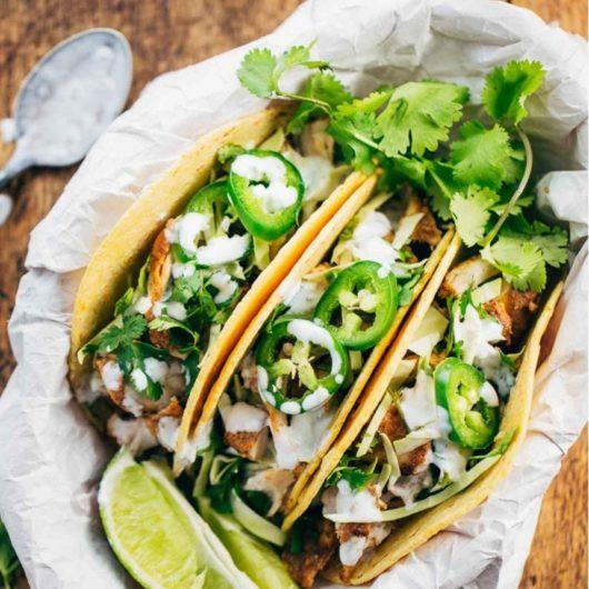 Tacos με ζουμερό κοτόπουλο και λαχανικά | tlife.gr