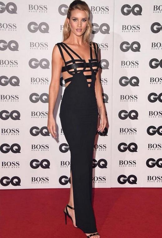 Η Rosie Huntington Whiteley με Versace