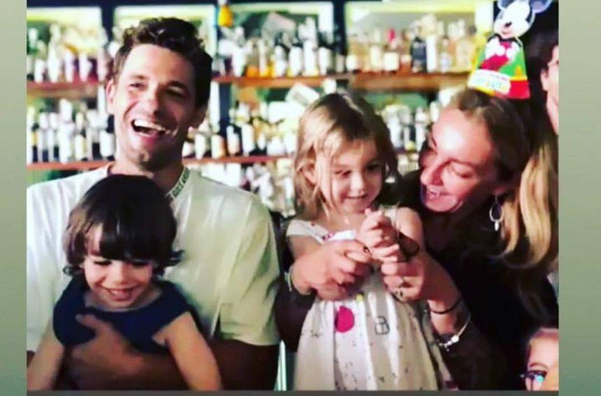 Ρούλα Ρέβη – Αποστόλης Τότσικας: Το πάρτι γενεθλίων των διδύμων παιδιών τους με διάσημους καλεσμένους! [pics,video] | tlife.gr