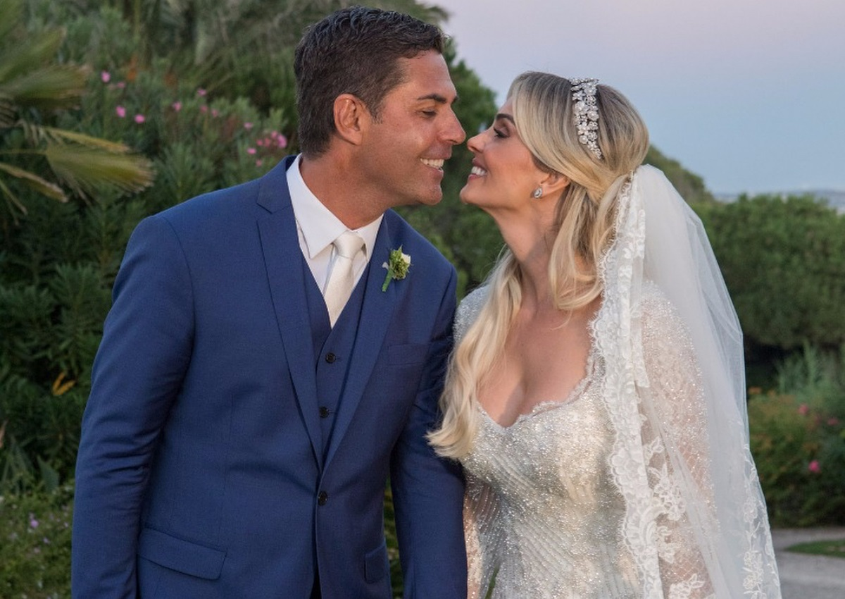 Σε πύργο στην Πορτογαλία παντρεύτηκε ο πρώην της Ωνάση! Το άλμπουμ του γάμου του Ντόντα με την Denize Severo [pics]