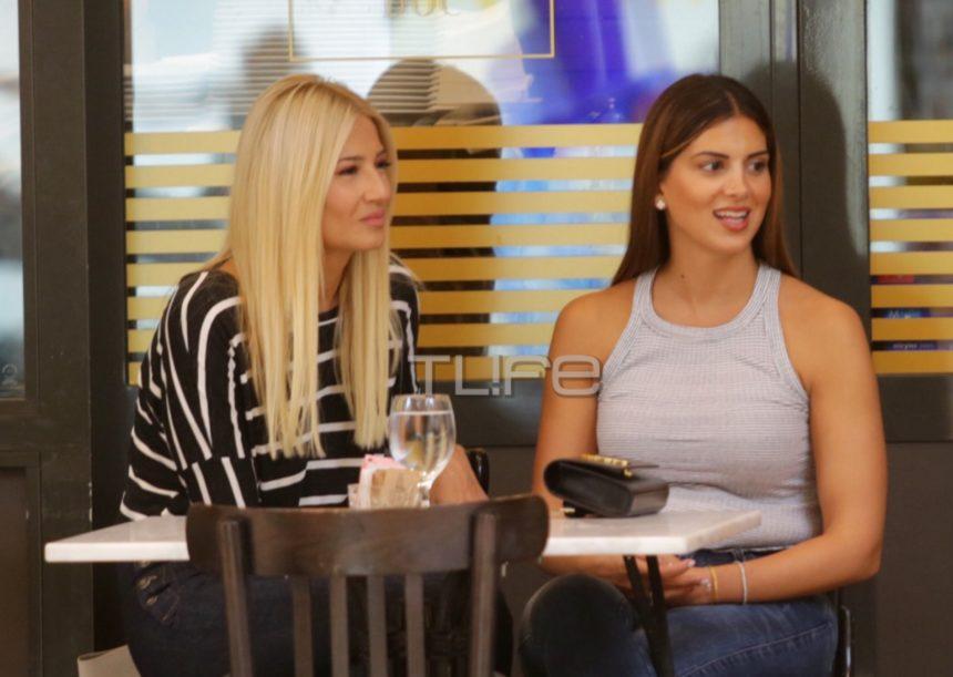 Φαίη Σκορδά – Σταματίνα Τσιμτσιλή: Για καφέ στα βόρεια προάστια! [pics]   tlife.gr