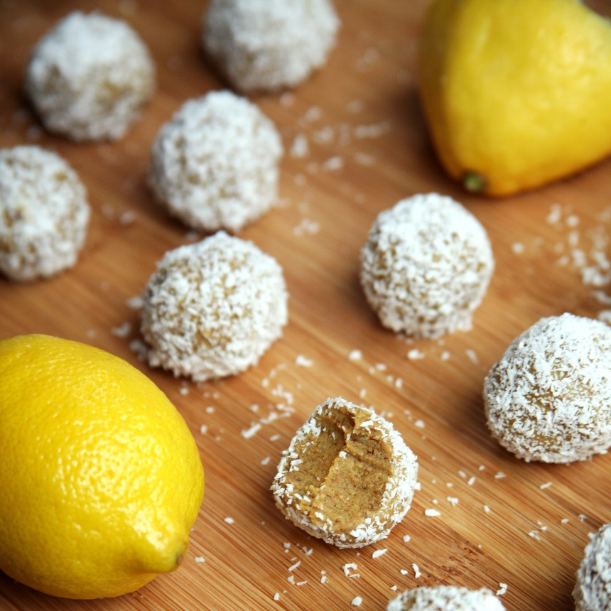 Energy balls με λεμόνι και καρύδα