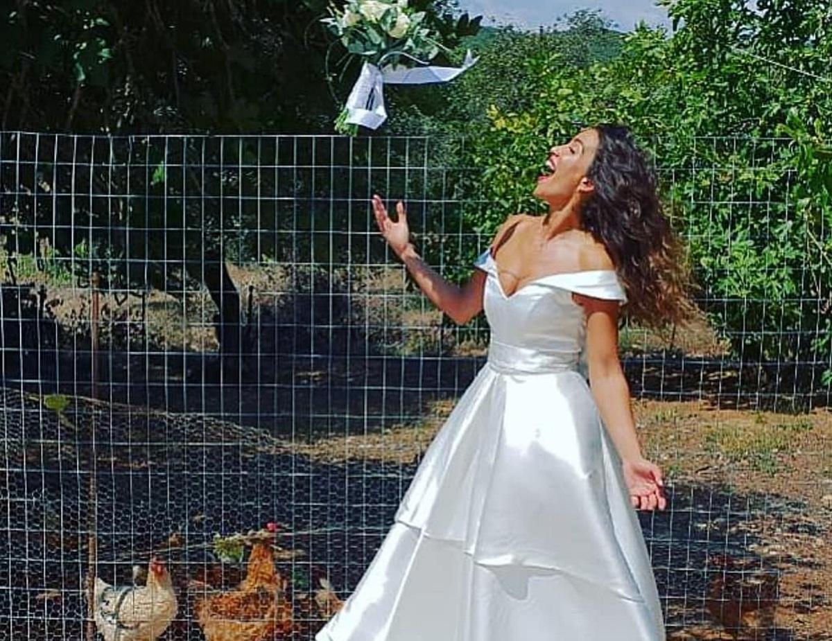 Κατερίνα Στικούδη: Η αδημοσίευτη φωτογραφία από το γαμήλιο γλέντι και το τρυφερό μήνυμα | tlife.gr