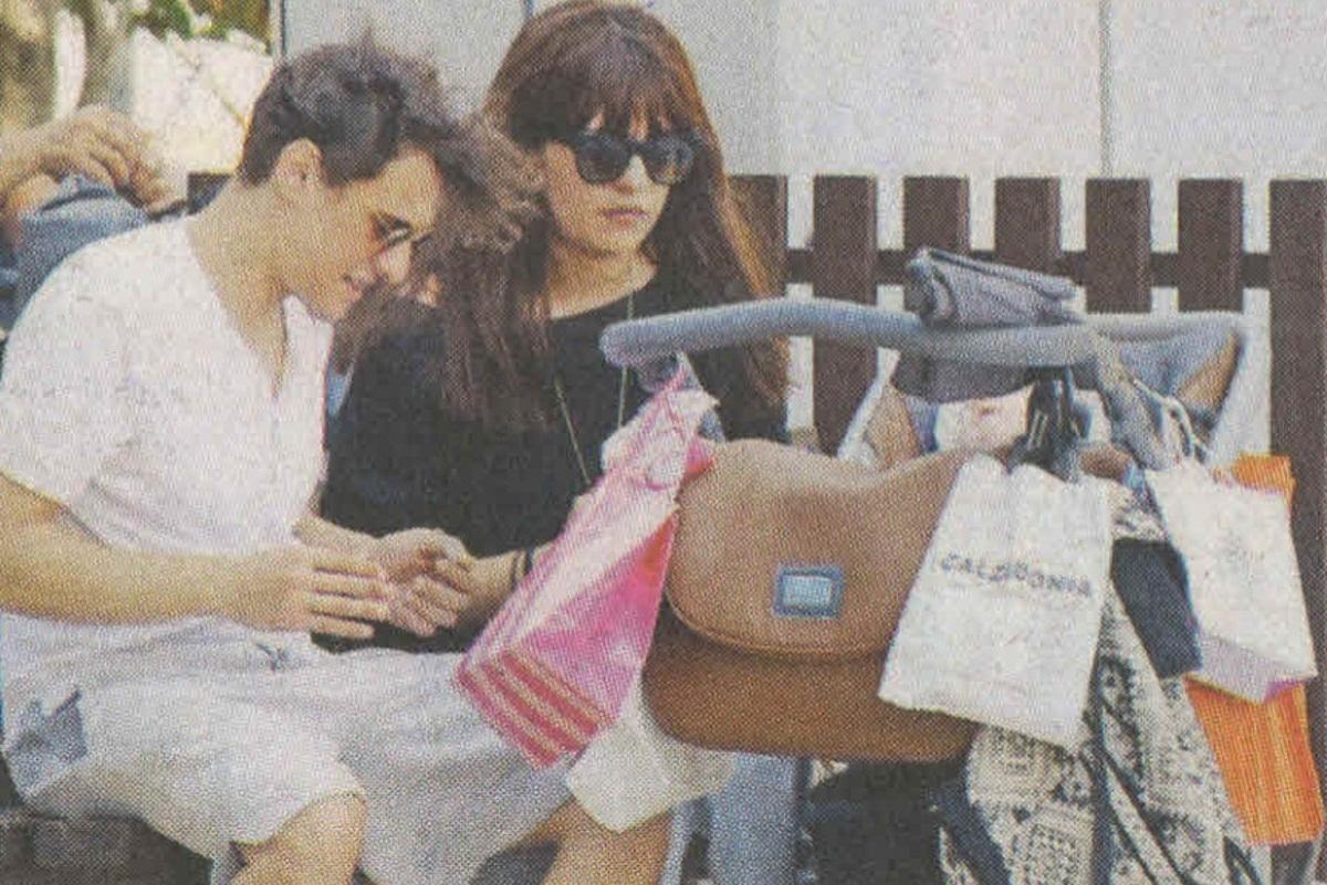 Σταύρος Σβήγκος: Βόλτες με τη σύζυγό του και τον τεσσάρων μηνών γιο τους! [pics] | tlife.gr